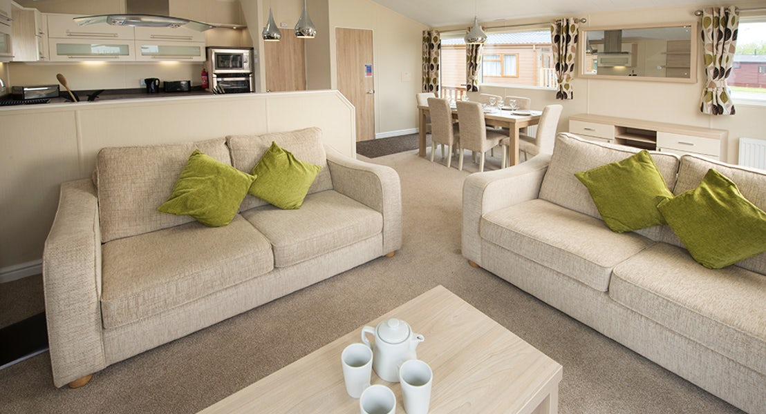 Sandy Meadows Lodge Park | Lounge