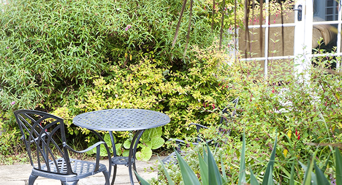 Garden ¦ Kenegie Apartment