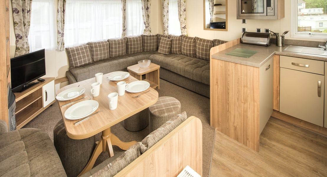 Lounge ¦ Gold caravan