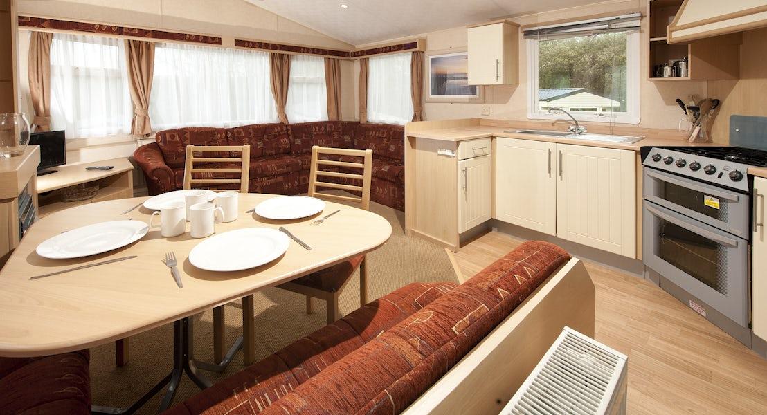 Lounge bronze caravan