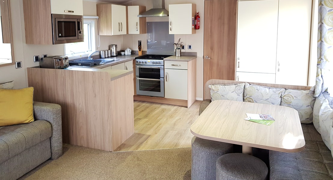 Kitchen gold caravan lodge ¦ Conrwall lodge holidays