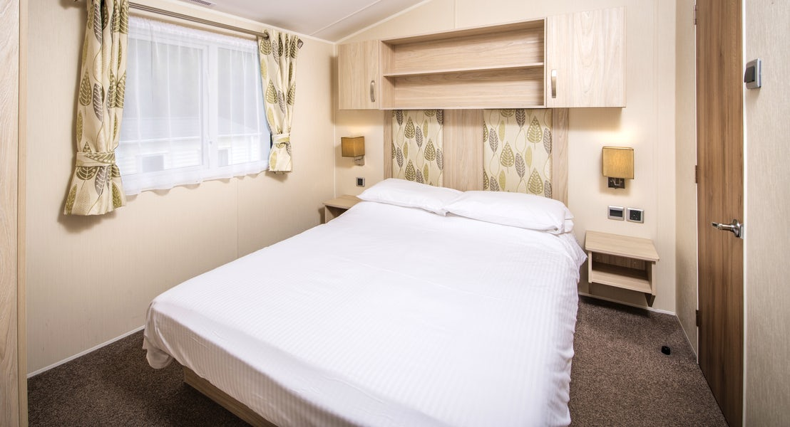 Bedroom ¦ 2 Bedroom Gold Caravan