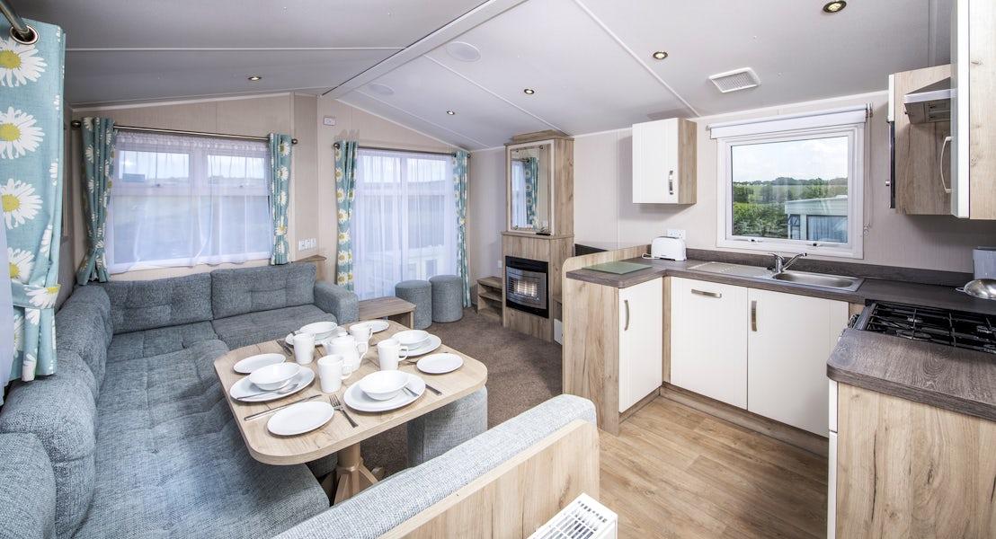 Lounge ¦ 3 Bed Platinum Caravan