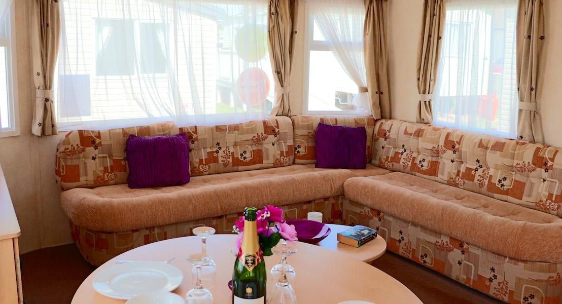 Calypso Lounge 2