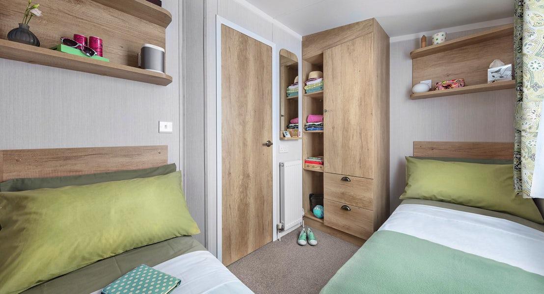 Twin room ¦ 3 Bedroom Platinum Caravan