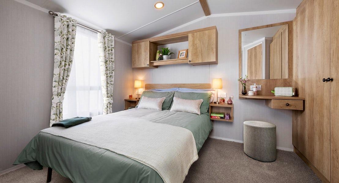 Bedroom ¦ 3 Bedroom Platinum Caravan