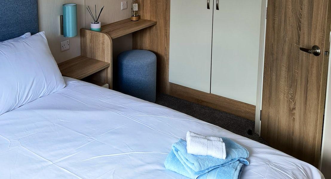 Alt Master bedroom