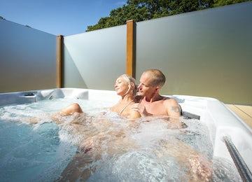 Hot Tub Lodges   Somerset and Cornwall
