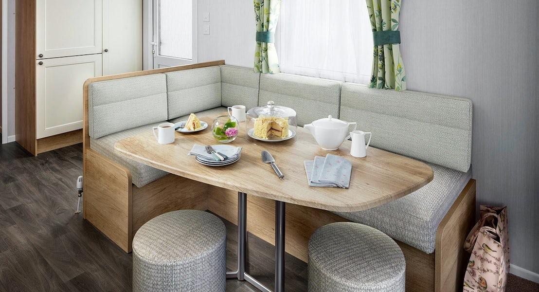 Dining are ¦2 bedroom platinum caravan