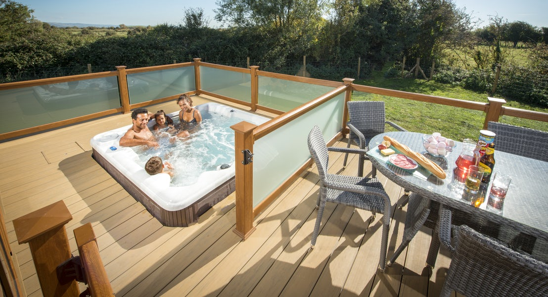 Exterior ¦ hot tub lodge