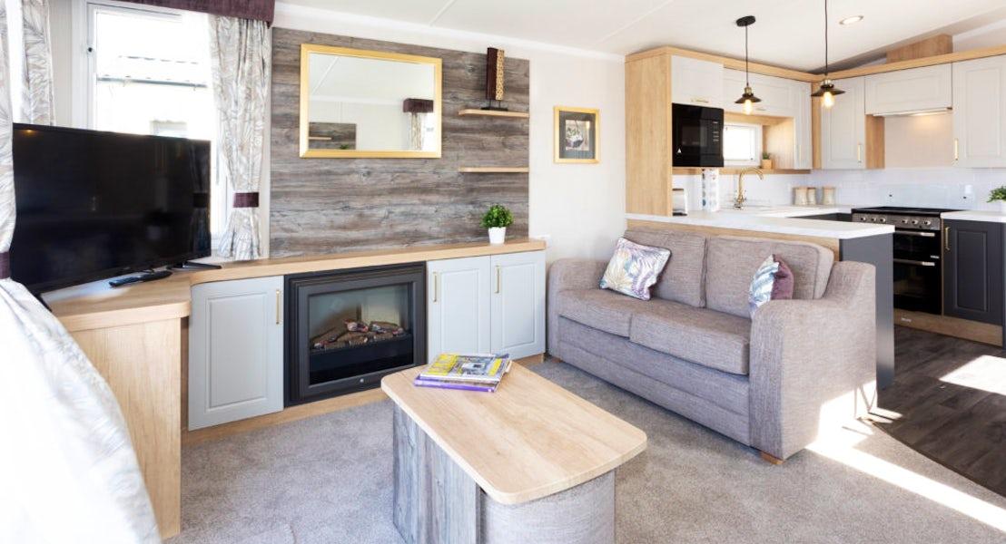 Lounge ¦ 2 bedroom platinum caravan with hot tub