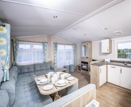 3 Bedroom Platinum Caravan ¦ John Fowler Holiday Parks